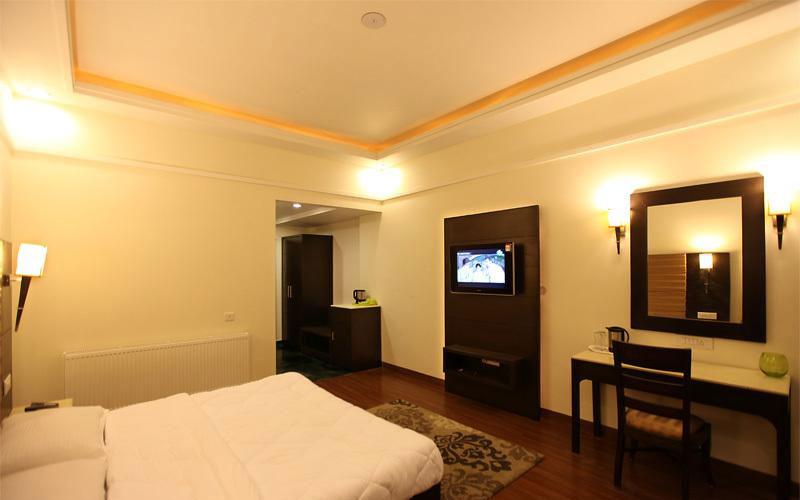 Grand-View-Hotel