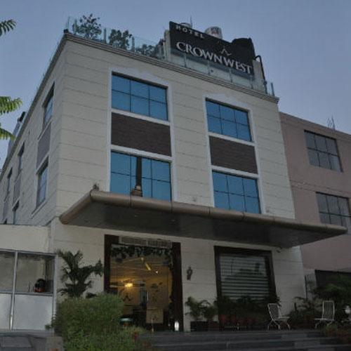 Hotel Crownwest