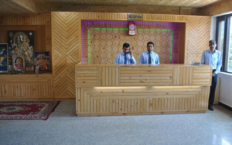 Hotel Natraj International Patnitop